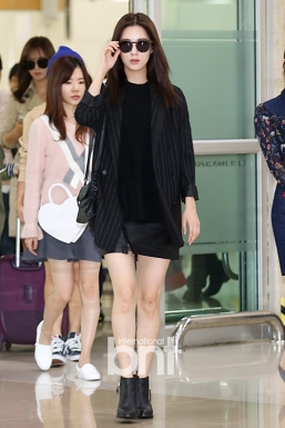 1-17 Girls Generation Airport Fashion
