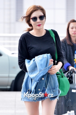 1-3 4minutes-hyuna-at-incheon-airport-to-hong-kong